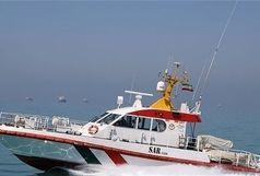 نجات جان دو صیاد در آبهای جزیره فارور پس از تلاشی پنج ساعته