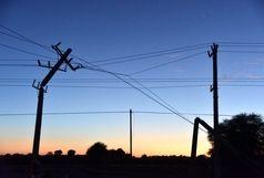 توفان ۶۰۰ میلیون ریال به شبکه توزیع برق زابل خسارت وارد کرد