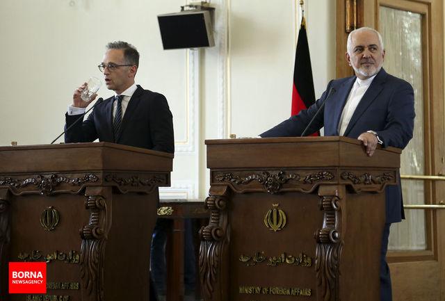 وقتی وزیر خارجه آلمان از پاسخ به سوال خبرنگار ایرانی طفره رفت