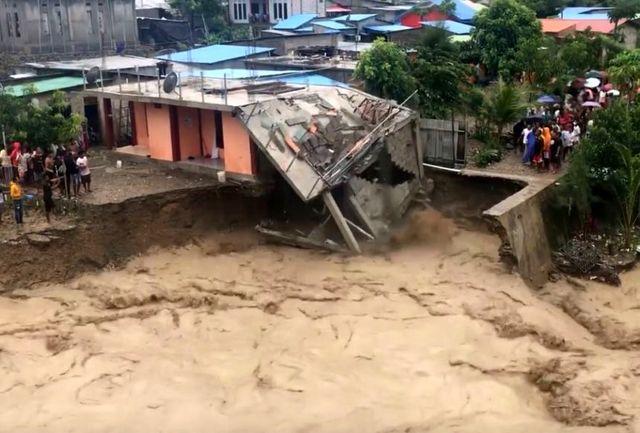 سیل و رانش زمین در اندونزی دستکم جان ۷۶ نفر را گرفت