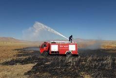 آتش ۷۶۰ هکتار از نیزارهای تالاب گروس مهاباد تبدیل به خاکستر کرد