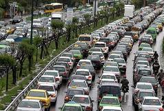 ترافیک سنگین در ورودیهای تهران/ احتمال وقوع بهمن در محورهای کوهستانی