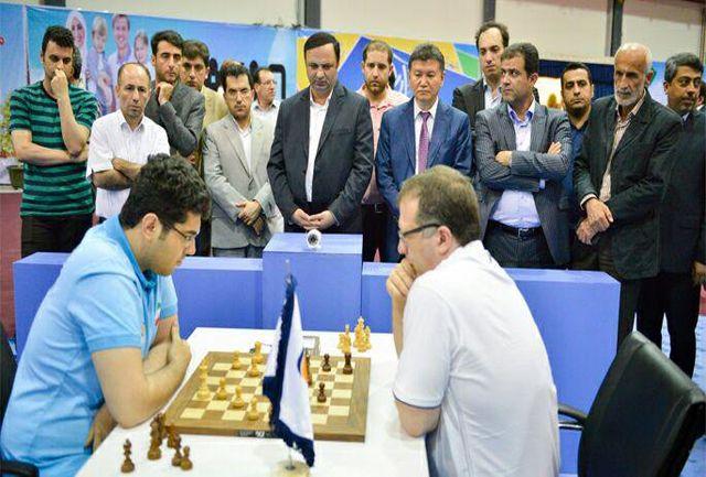 پیروزی ستارگان جهان دردوردوم رقابتهای بین المللی شطرنج ستارگان در انزلی