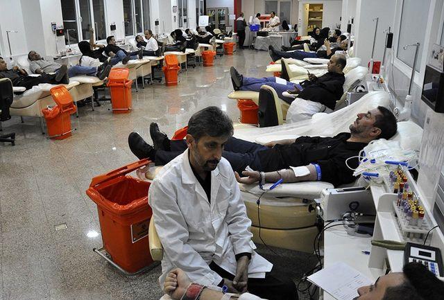 تامین خون مورد نیاز مجروحان مناطق زلزلهزده آذربایجان شرقی