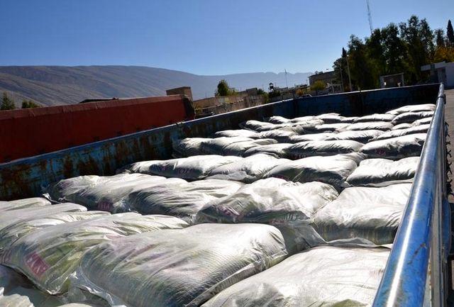 کشف میلیاردی برنج قاچاق از یک انبار در اردکان