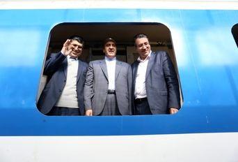 بازدید وزیر صنعت از شرکتهای واگن پارس و آذراب اراک