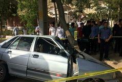 برخورد شدید خودرو با درخت حادثه آفرید