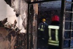 آتش سوزی گسترده در یک واحد صنعتی در اطراف کرج/مجروحیت شدید 3 آتش نشان