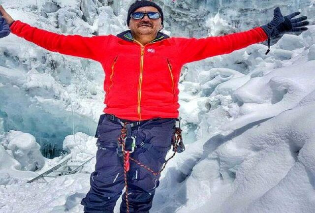 صعود کوهنورد آستارایی به قله 6200 متری آیلندپیک هیمالیا