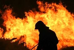 آتش سوزی خانه ویلایی در رشت/ تجمع چشمگیر مردم در محل حادثه