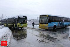 اصفهان زیر چتر برف