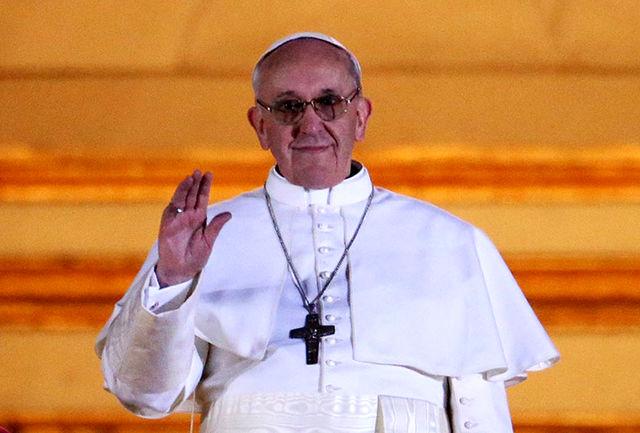 پاپ خواستار تنش زدایی میان روسیه و اوکراین شد