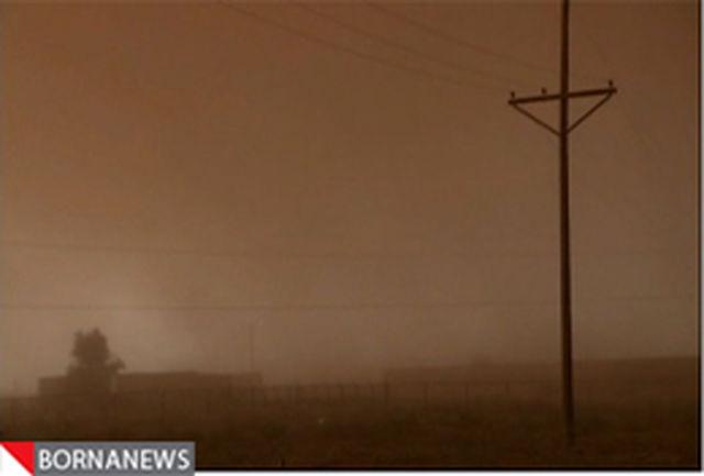 توفان ۱۰۵ سیستانی را راهی بیمارستان کرد