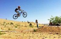 مسابقه دوچرخه سواری کوهستان آقایان رشته دانهیل در شیراز برگزار میشود