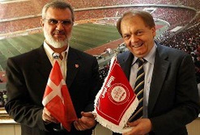 دعوت باشگاه پرسپولیس از اشمایکل/ ستاره اسبق منچستریونایتد در راه ایران