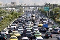 بزرگراهها حجم  بار ترافیکی دارند