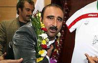 مهران احمدی جلوی دوربین «پایتخت» زنده میشود
