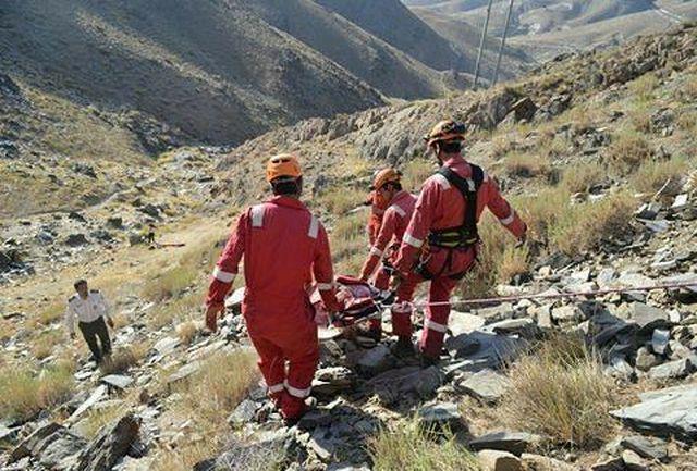 مرگ زن ۳۵ ساله براثر سقوط از کوه در مهران