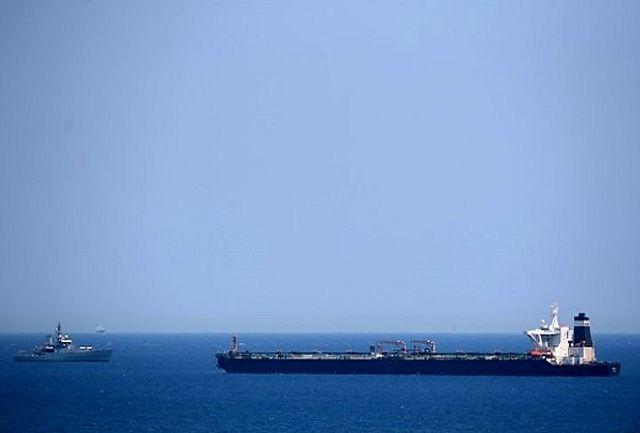 ریشه کاهش درآمدهای نفتی، افت تعاملات بانکی با جهان است/  اگر ایران در لیست سیاه FATF قرار نمیگرفت، کاهش درآمد فروش نفت را میشد، حل کرد