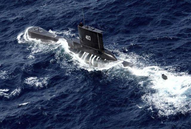 یک زیردریایی با ۵۳ سرنشین غرق شد