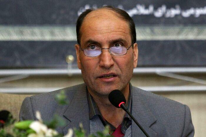 به دلیل عدم رعایت فاصله گذاری اجتماعی وضعیت اصفهان به سمت نامطلوبی پیش می رود