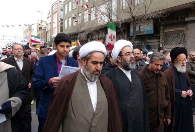 آیت الله فاضل لنکرانی: مردم ایران دفاع از نظام و انقلاب را همچون حفظ دین واجب میدانند