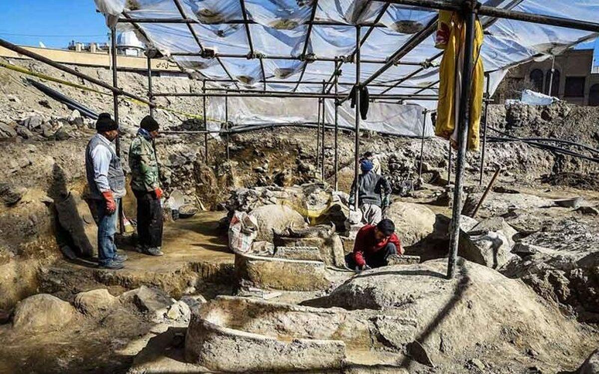تاکنون سرنخی از «معبد لائودیسه» در نهاوند یافت نشده است