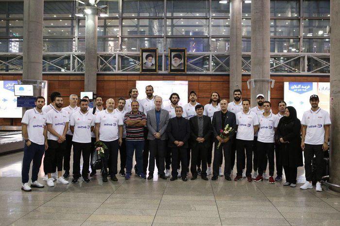 بلندقامتان بسکتبال ایران به کشور بازگشتند