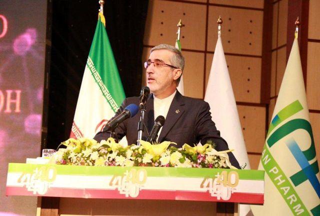 صنعت داروسازی با 700میلیون دلار ارز نیاز کشور را تامین میکند