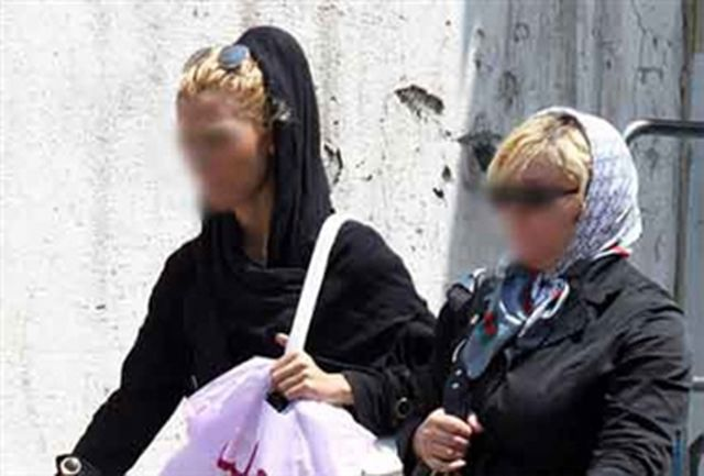 ناجا: ۳۰۰هزار پیامک کشف حجاب فرستادهایم