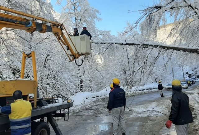در طی بارش های اخیر برق 18  روستا قطع شده بود/ صبح شنبه هیچ خاموشی در استان نداشتیم