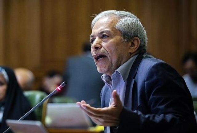 انتقاد عضو شورا از عدم توجه حناچی به پروندههای املاک نجومی