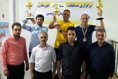 کارگران استان قزوین به آب زدند
