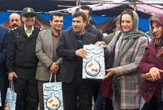 استقبال فرماندار و مسئولین شهرستان کلاردشت از مسافران نوروزی