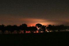آتش سوزی در محوطه سبز دریاچه خلیج فارس+ فیلم