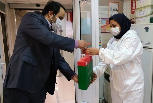 ۴۴۲ فعال کادر درمان و مقابله با کرونا در نهاوند تقدیر شدند
