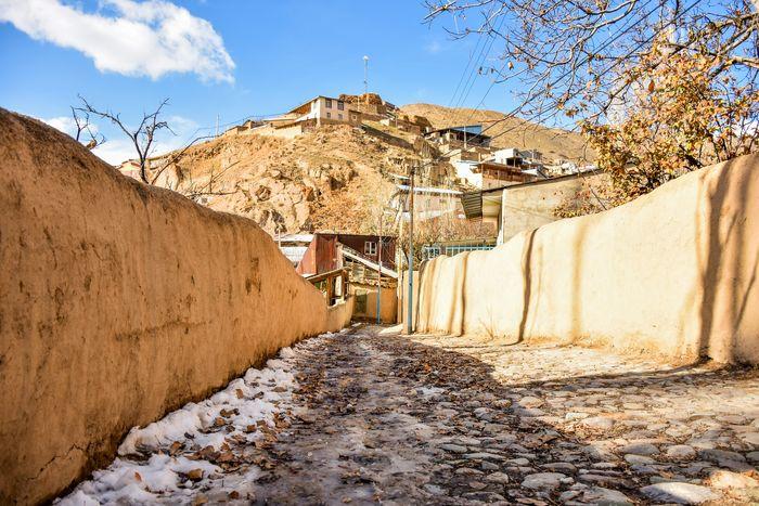 تولد روستاهای جدید و ویرانی قریههای قدیمی