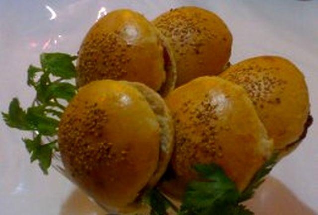 واکنش آموزش و پرورش به مسمومیت مرگبار دانش آموز دختر دهدشتی با ساندویچ