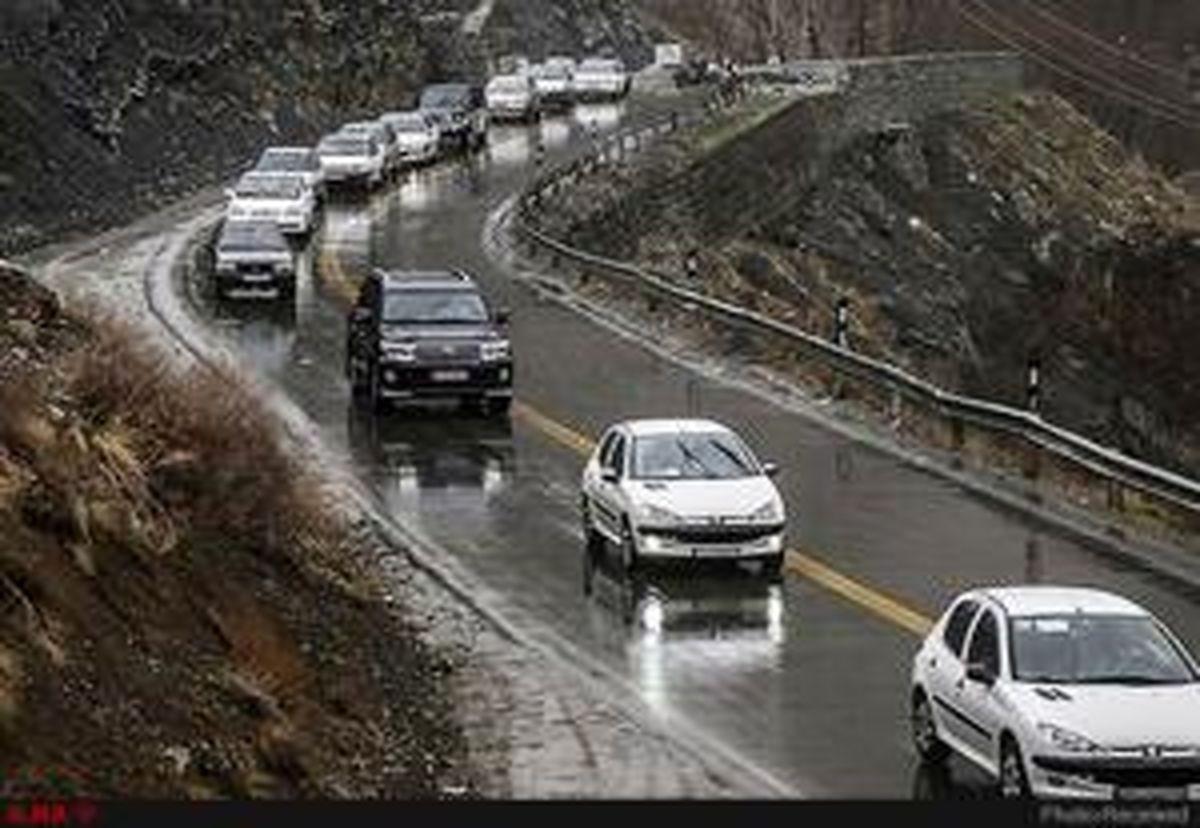 بارش باران در جادههای استانهای البرز و تهران
