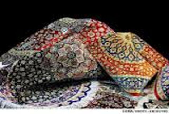 تشکیل خوشه صنعتی فرش حلقه صادرات فرش از خراسان شمالی را کامل میکند