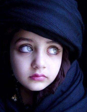 با صاحب زیباترین چشمهای جهان آشنا شوید + عکس