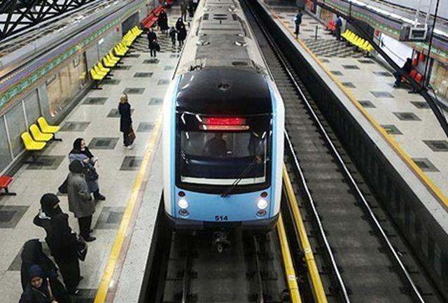 ۳۷۶ واگن ساخت اراک بر روی ریل متروی تهران میرود