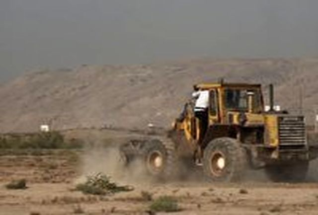 رفع تصرف بیش از ۱۵ هکتار زمین در شهر گرمسار