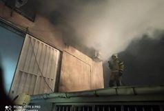 آتش سوزی گسترده در کارخانه تولید و نگه داری مصنوعات چوبی/ آتش خسارت مالی شدید به بار آورد