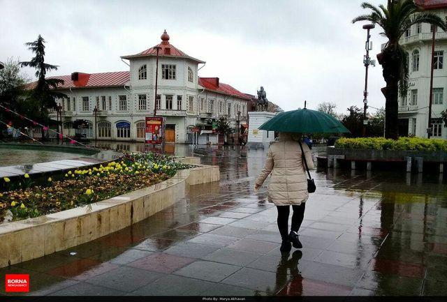 بارندگی ، وزش باد و کاهش دمای هوا در گیلان /بارش برف در مناطق کوهستانی