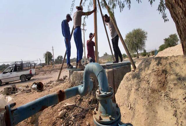 کف شکنی چاه های پارسیان برای تامین آب مورد نیاز شهروندان